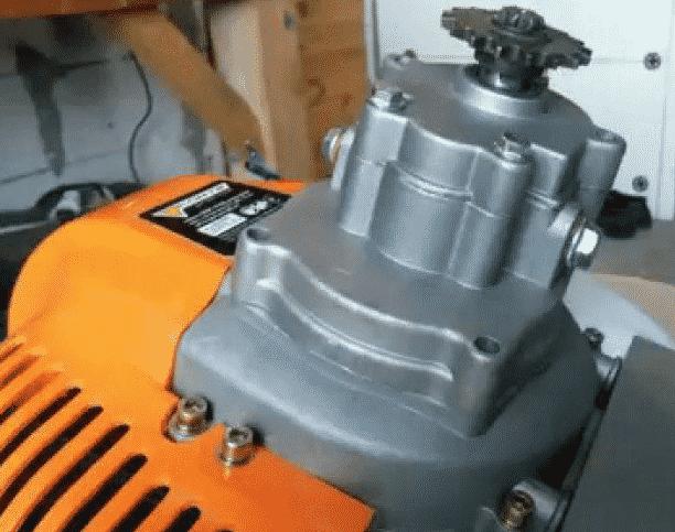 Как выбрать двигатель для изготовления снегоуборщика