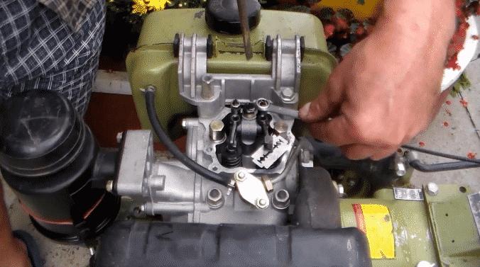 Ремонт мотокультиваторов, регулировка клапанов